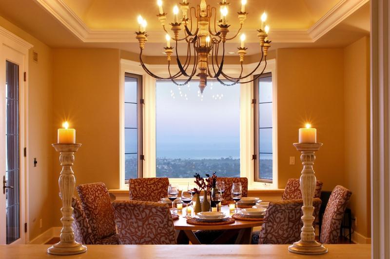 Ansichten aus Küche gehen durch Fenster