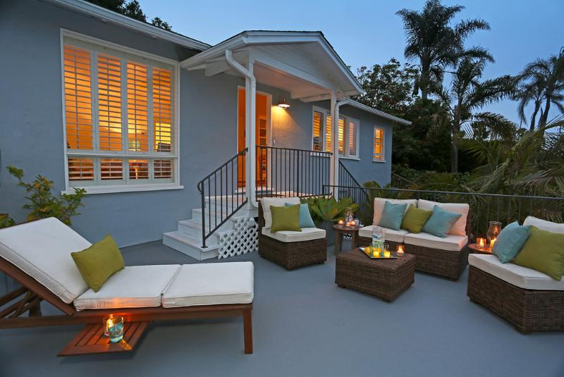 Unwind in the evening on front terrace