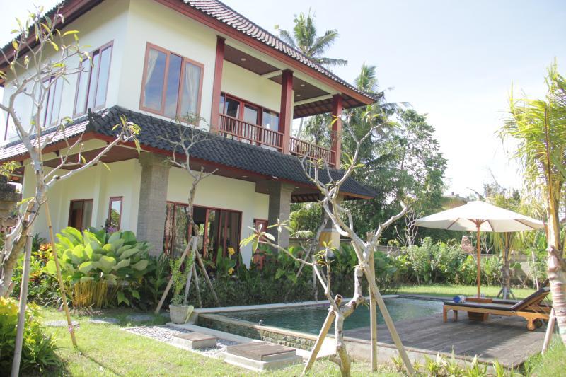 Villa near Monkey Forest Ubud - rice field, holiday rental in Singakerta