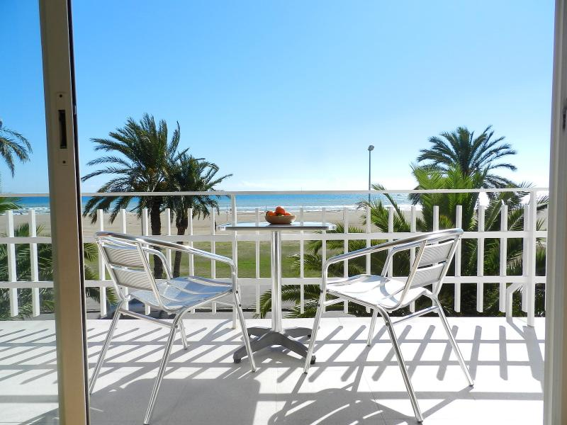 Beachfront Apt.6 balcony & great view & Barcelona, vacation rental in Cervello