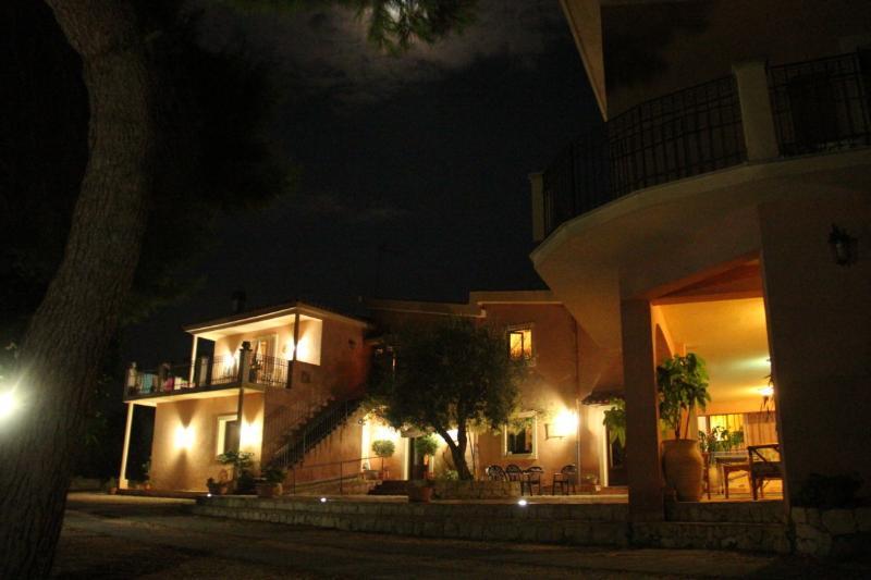 Agriturismo Borgo Levante - Arancio 3 posti, casa vacanza a Maletto