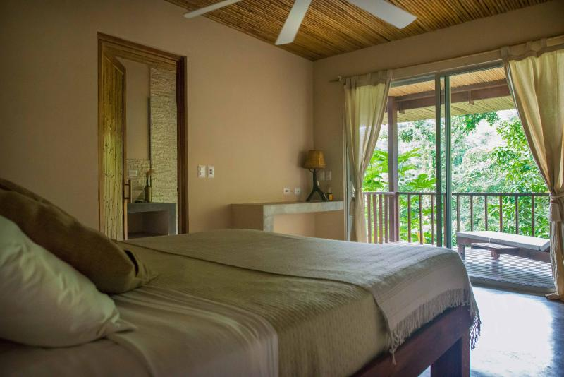 Downstairs Jungle Suite, offering guests great jungle views, ensuite bathroom and private deck area