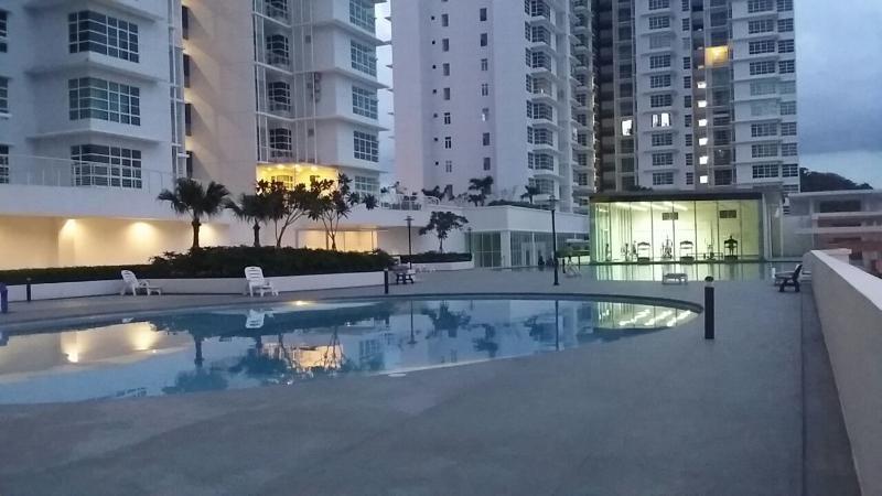 Swimming pools & gym