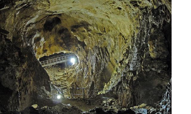 Cavallone Caves