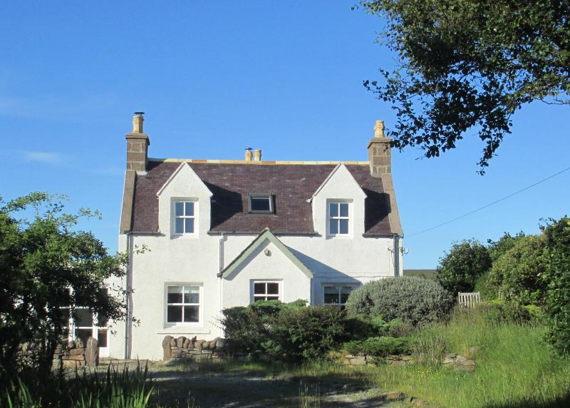 Achiltibuie Cottage -The Loan- A Perfect Hideaway, holiday rental in Ross and Cromarty
