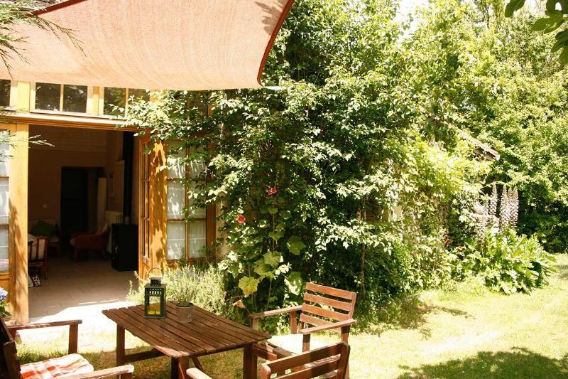Sous le Tilleul -, holiday rental in Aubeterre-sur-Dronne