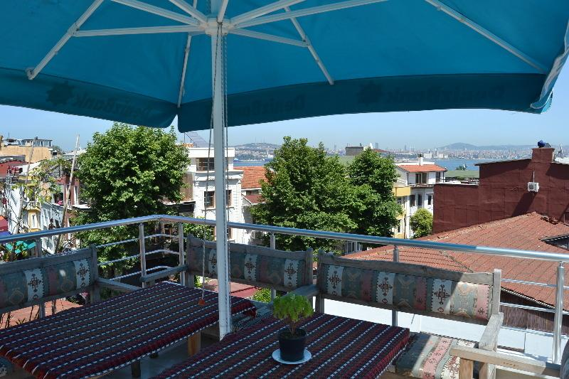 SULTANAHMET TRIPLEX APARTMENT, holiday rental in Princes' Islands