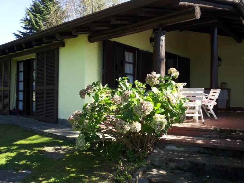 Villa Villaggio Giardino, casa vacanza a Casorate Sempione