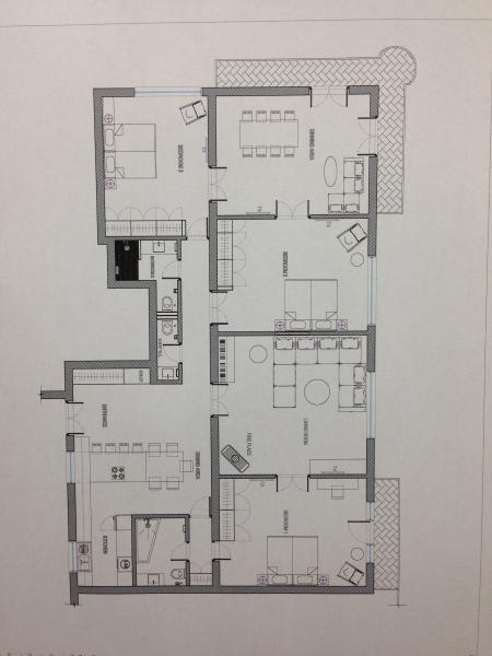 Floorplan - showing 3 large bedrooms, 2 living rooms, kitchen diner, 2 shower/bath rooms, 3 WCs