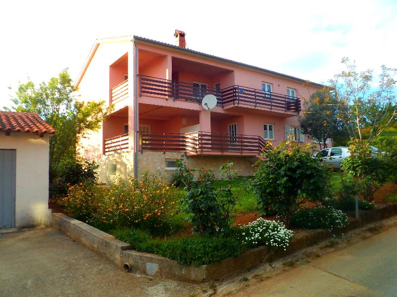 Banjole, private apartment, south Istria 2+2 pers., vacation rental in Banjole
