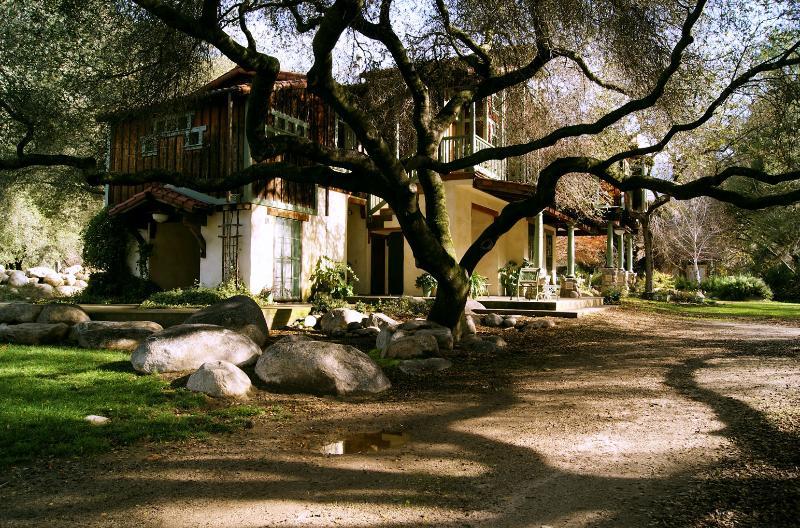 DaVidgil House