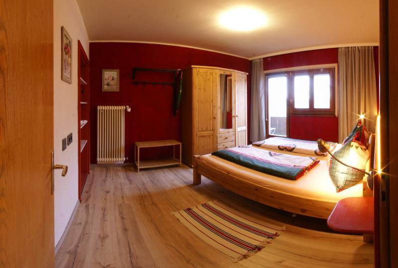 Landhaus Kitzbichler - Apartment 1, holiday rental in Sachrang