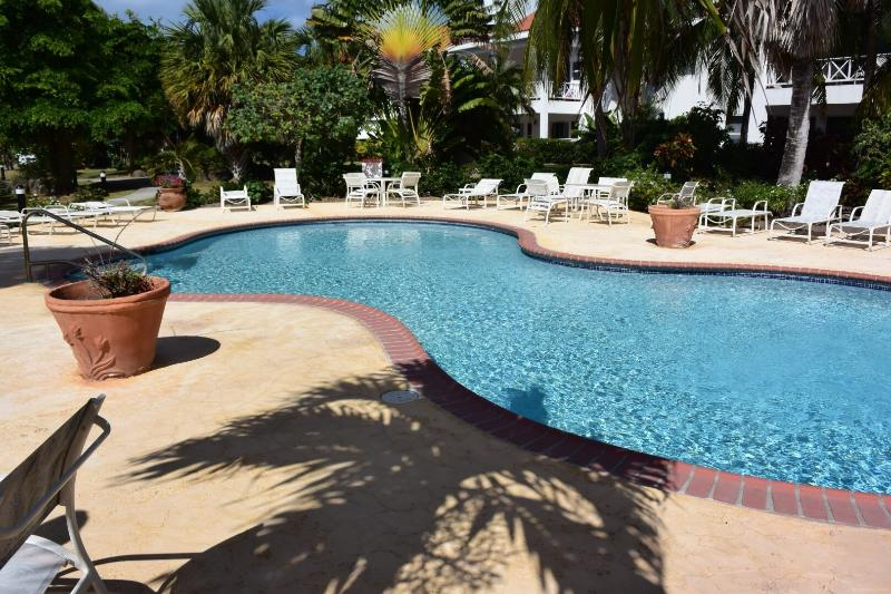 Leeward cove, vacation rental in Basseterre