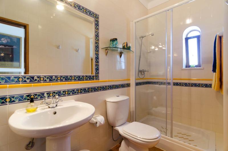 Apartment East - bathroom