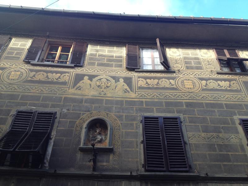 Casina di Borgo, Facade