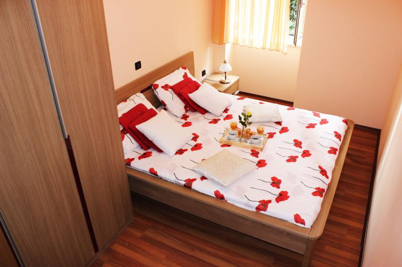 'Villa Emilia' Luxury apartment with 4 stars, vacation rental in Opatija