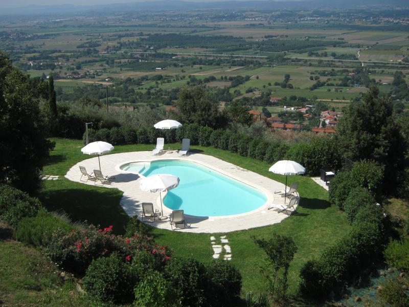 Apartament GLICINE, Tuscany, wi-fi, holiday rental in Vitiano