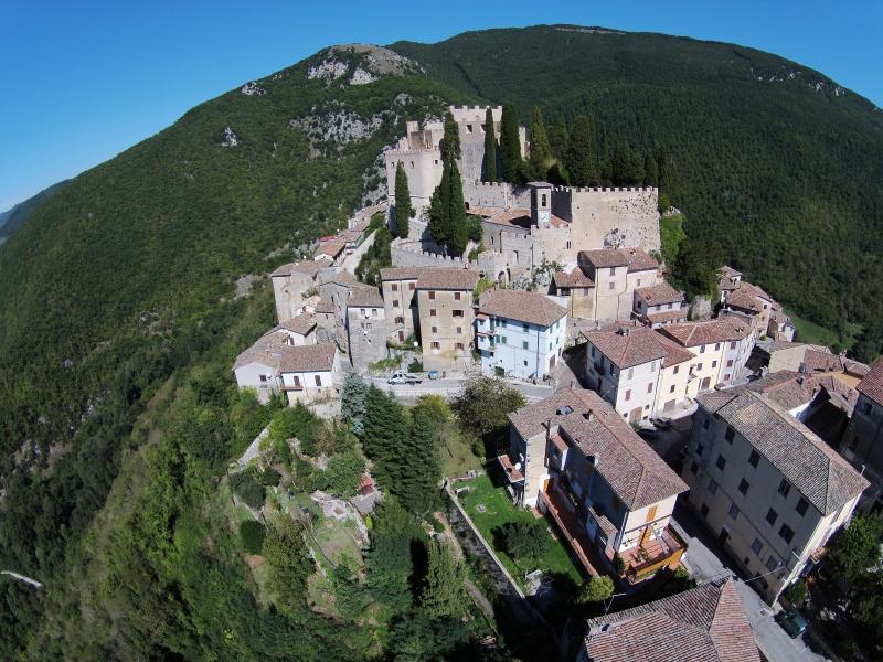 Rocca Sinibalda and the castle