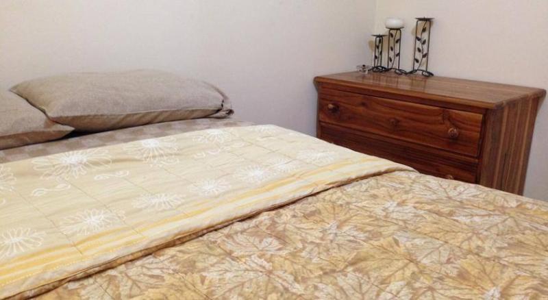 Habitción Matrimonial, La Ideota Guest House, aluguéis de temporada em Santa Elena