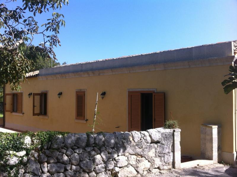 La casa di Santa Lucia, holiday rental in Sortino