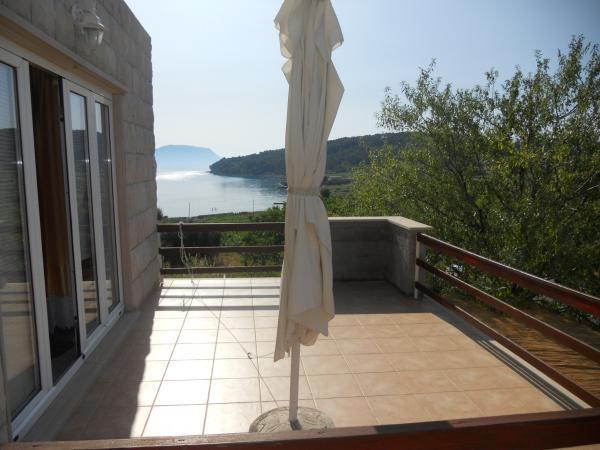 apartman a4+2, vacation rental in Lumbarda