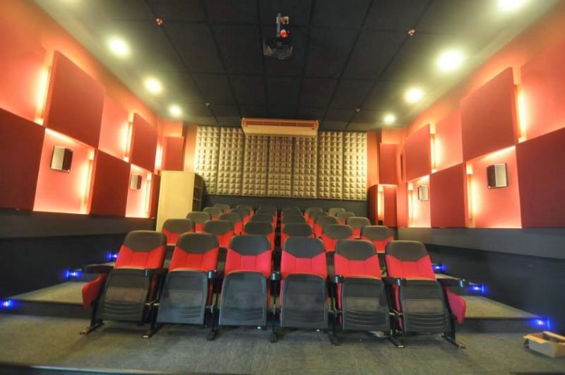 Mini theater