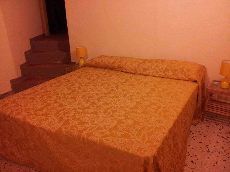 a casa du casteddu 9 posti + 1, holiday rental in San Salvatore di Fitalia