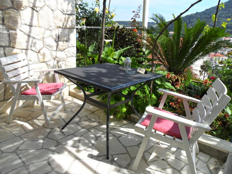 Terrace +Garden