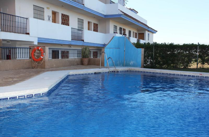 El Faro Apartment for Rent, vacation rental in Fuengirola