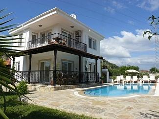 3 bedroomed villa with private pool