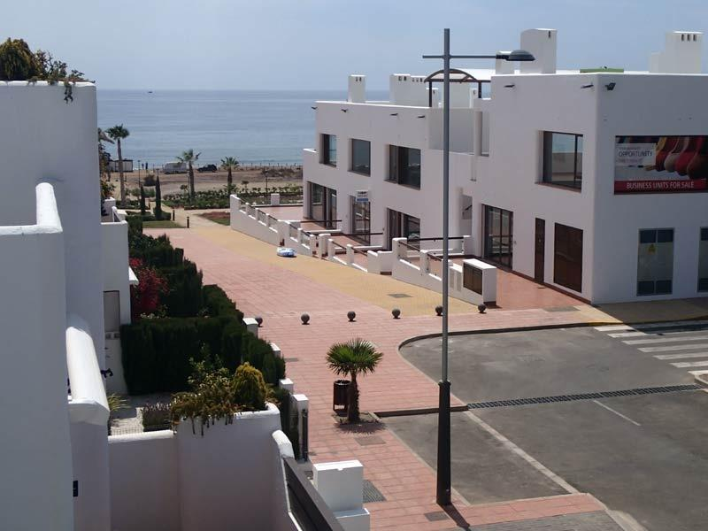 A simple stroll from the apartment takes you to the commericlal center or the beaches.