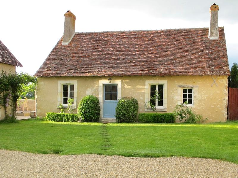 Idyllic, fully renovated 17th century cottage marries charm with contemporary comfort.