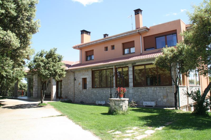 LA DEHESA, holiday rental in Santa Maria del Campo