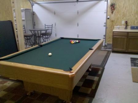 Table de billard (convertit en table de ping-pong)