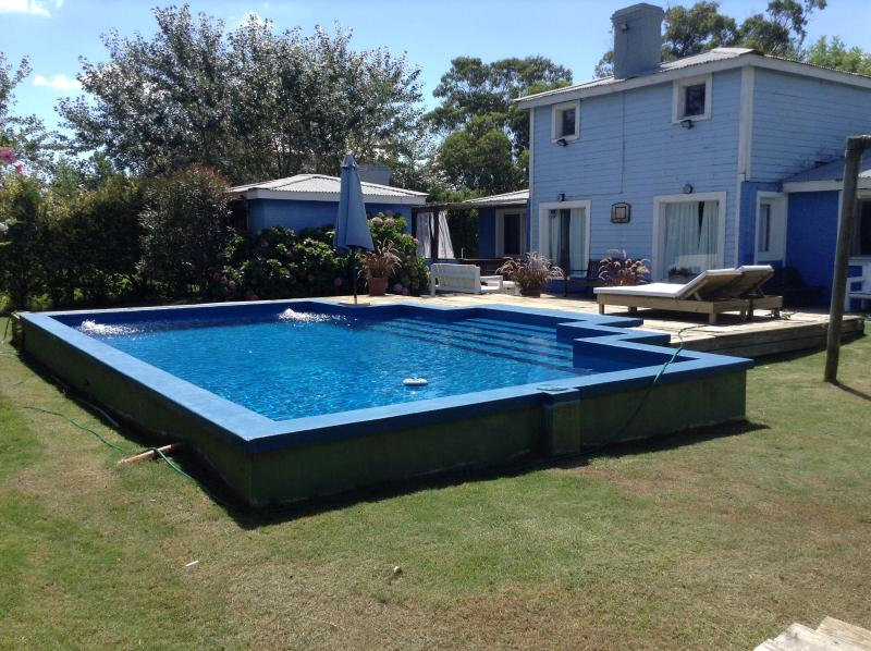 HOUSE IN LA BARRA 8 PEOPLE 4ROOMS POOL WIFI TV CAB, vacation rental in San Carlos