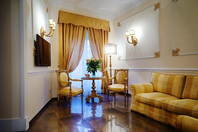 Piazza del Popolo Luxury Home: Luxury Apartment in the heart of Rome 8 people, holiday rental in Rome