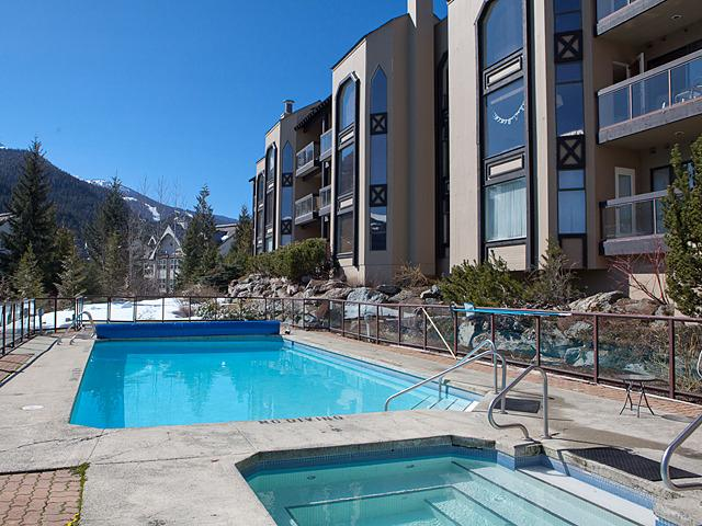 2BR Condo at The Ironwood Whistler, holiday rental in Whistler