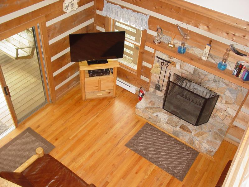 Living Room, Wood Burning Stone Fireplace & 48' Flat Screen Smart TV/WiFi