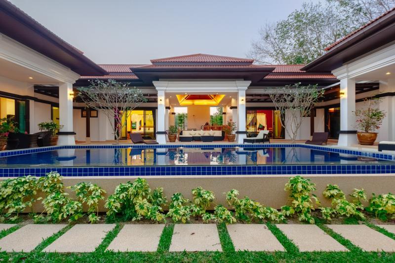 Villa Magnolia Bang Tao, holiday rental in Bang Tao Beach