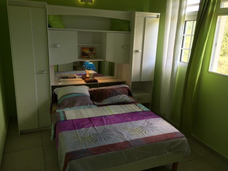 room green No. 2