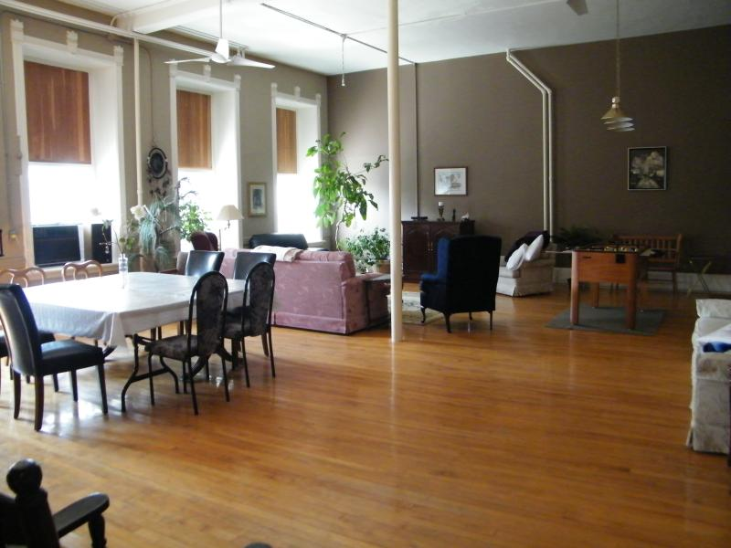 Loft Condo, vacation rental in Gananoque