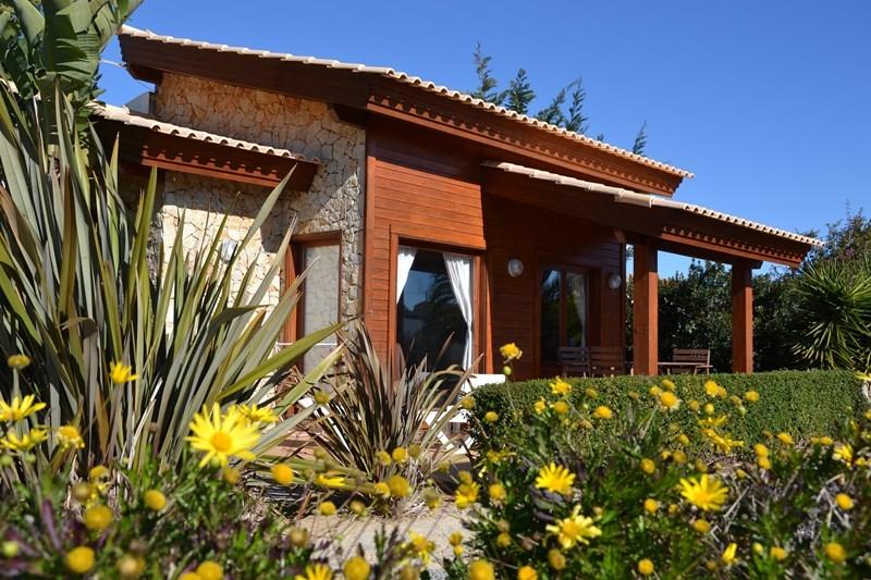 Villa Medronho - Casa ideal para parejas con Wifi, location de vacances à Sagres