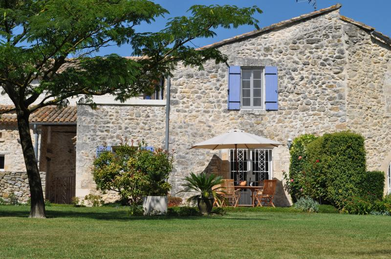 Maison d'hôtes du mas Chazel, location de vacances à Lussan