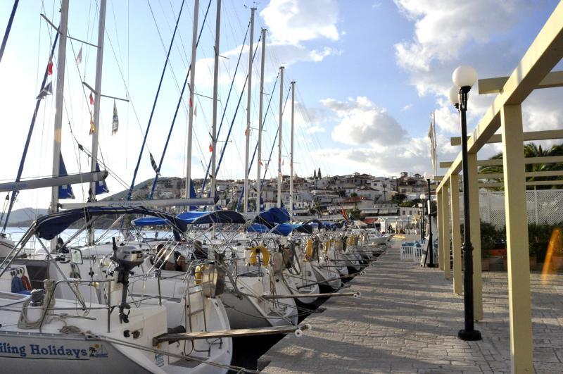 Mandrakia port of Ermione