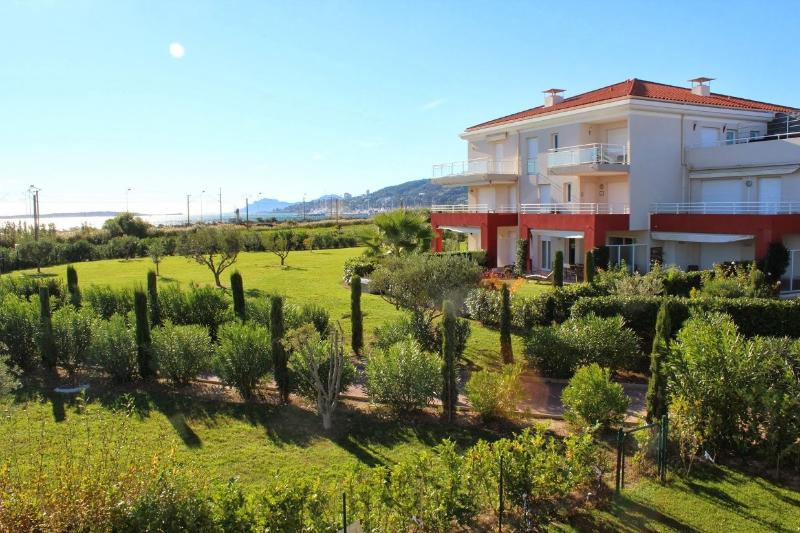 Exclusive apartment near the beach, holiday rental in Juan-les-Pins