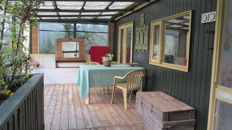 Chalet in de Languedoc, vanaf 34 euro, vacation rental in Carnas