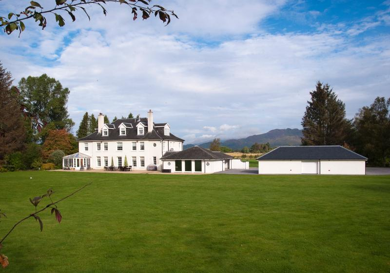 High Wards, Loch Lomond, vacation rental in Gartocharn