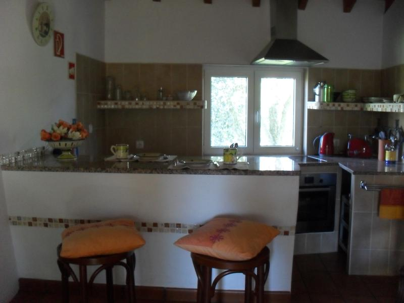 Kitchen with eating bar