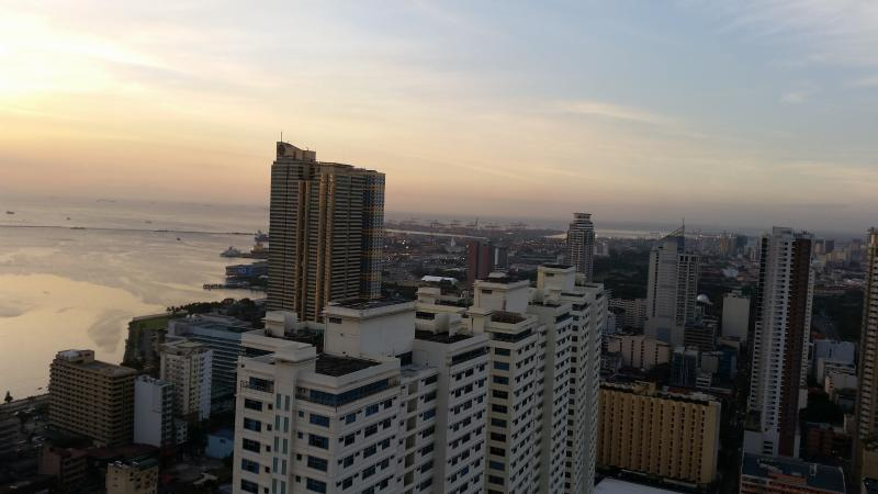 Stunning view at 43rd floor, holiday rental in Manila