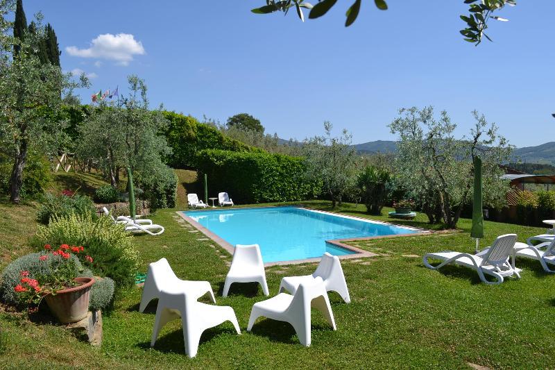 Terre di Melazzano -Apt Chiara, location de vacances à Casole